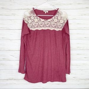 Umgee   Berry Colored Lace Thermal Tunic Top